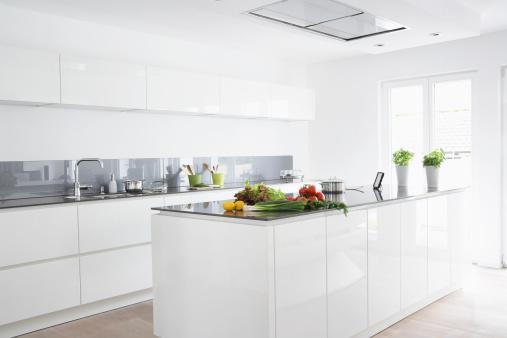 Vegetable「Germany, Cologne, Fruit and vegetables in kitchen」:スマホ壁紙(13)