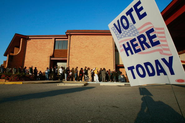 Voting「African Americans In South Celebrate Obama's Historic Win」:写真・画像(9)[壁紙.com]
