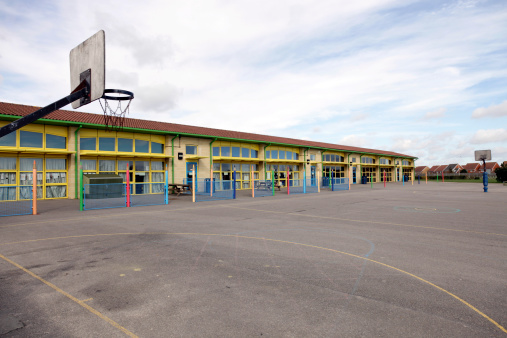 Elementary School Building「School building and playground」:スマホ壁紙(4)