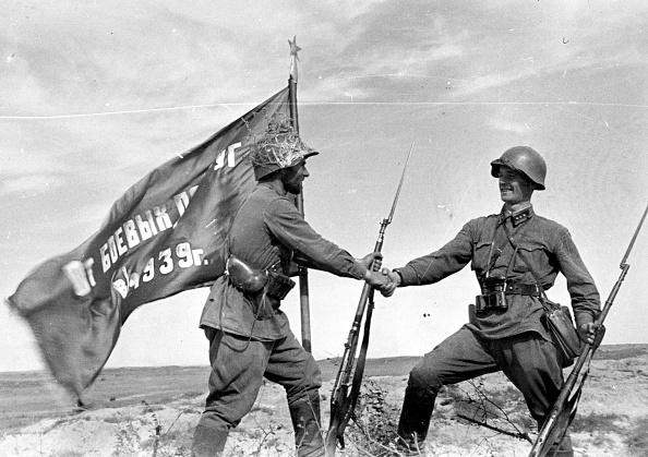 Soviet Military「Soviet Handshake」:写真・画像(12)[壁紙.com]