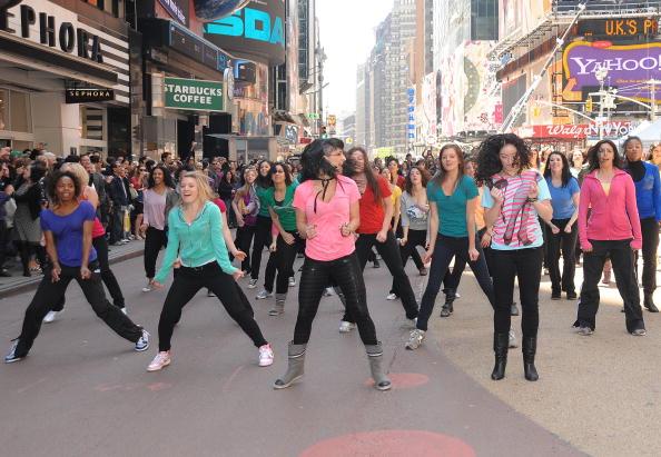 Suave「Sofia Vergara Joins Suave Professionals For Surprising New York Performance」:写真・画像(0)[壁紙.com]