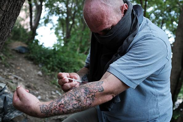 Philadelphia - Pennsylvania「Philadelphia Begins Clean Up Of Drug Infested Encampment In Kensington Area」:写真・画像(3)[壁紙.com]