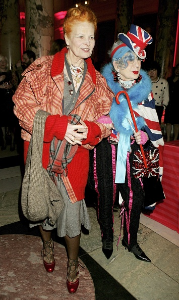 Sweeping「Anna Piaggi: Fashion-ology - Private View」:写真・画像(13)[壁紙.com]