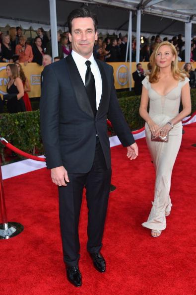 Sleeved Dress「19th Annual Screen Actors Guild Awards - Red Carpet」:写真・画像(3)[壁紙.com]
