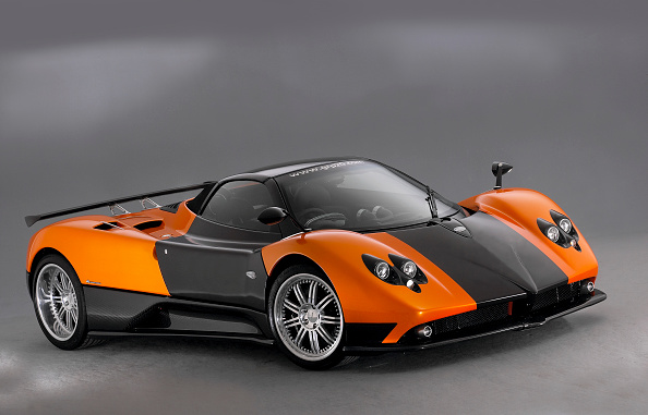 Finance and Economy「2007 Pagani Zonda Roadster F」:写真・画像(3)[壁紙.com]