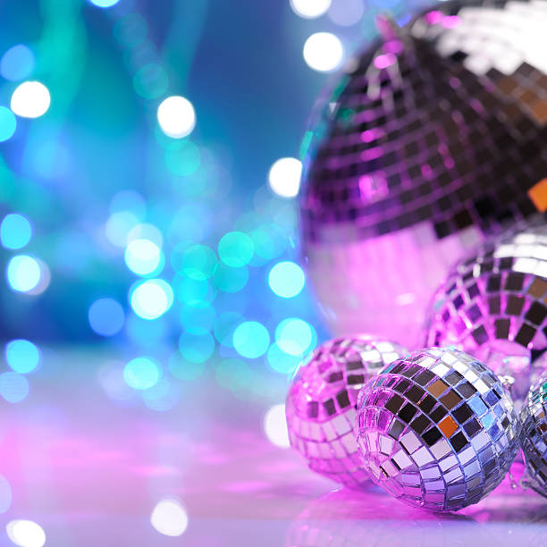 Party decoration with disco balls:スマホ壁紙(壁紙.com)