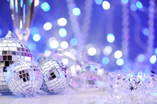 お正月「ディスコボールのパーティの装飾」:スマホ壁紙(16)
