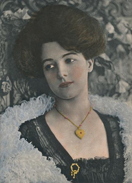 Edwardian Style「Miss Olive May」:写真・画像(5)[壁紙.com]