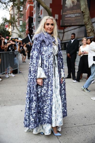 Blue Shoe「Street Style - New York Fashion Week September 2019 - Day 7」:写真・画像(12)[壁紙.com]