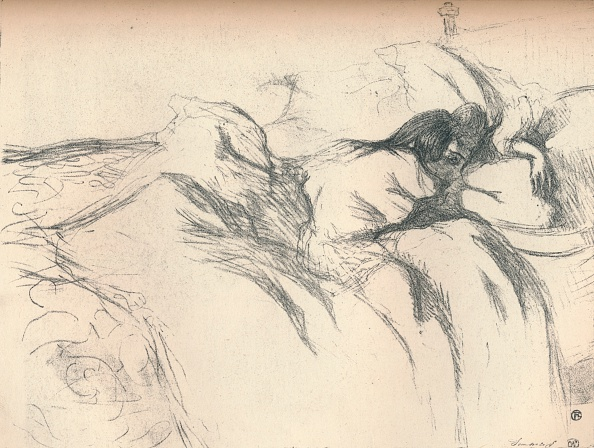 Bedroom「Woman Waking Up in Bed」:写真・画像(6)[壁紙.com]