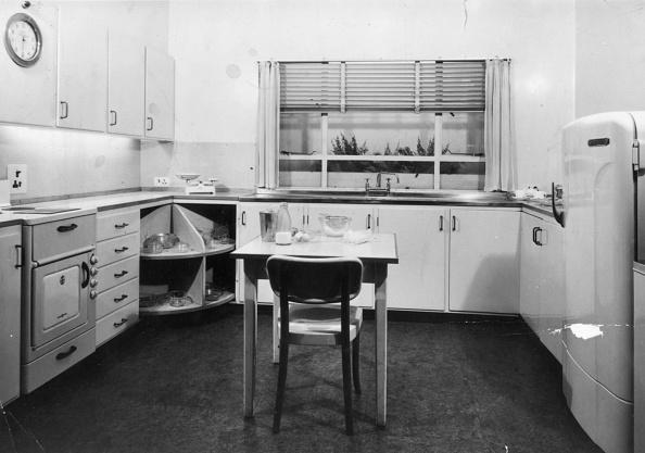 Empty「Electric Kitchen」:写真・画像(1)[壁紙.com]