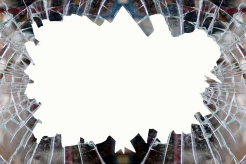 Broken「Smashed glass frame」:スマホ壁紙(17)
