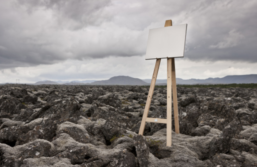 Volcanic Rock「Easel with blank canvas in landscape」:スマホ壁紙(19)