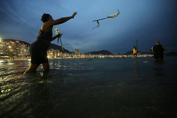 Tradition「Rio De Janeiro Celebrates The New Year」:写真・画像(0)[壁紙.com]
