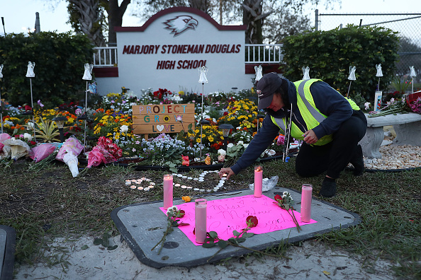 Memorial Event「One Year Anniversary Of Deadly Shooting At Marjory Stoneman Douglas High School In Parkland, Florida」:写真・画像(19)[壁紙.com]