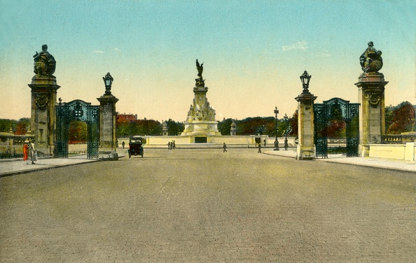 Victoria Memorial - London「The Victoria Memorial」:写真・画像(4)[壁紙.com]