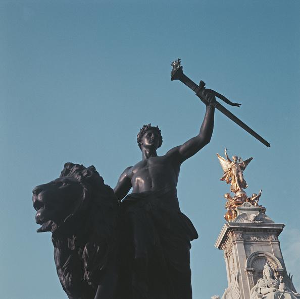 Victoria Memorial - London「Victoria Memorial」:写真・画像(12)[壁紙.com]