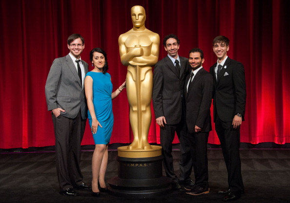 Medium Group Of People「The Academy Of Motion Picture Arts And Sciences' 40th Annual Student Academy Awards Ceremony」:写真・画像(18)[壁紙.com]