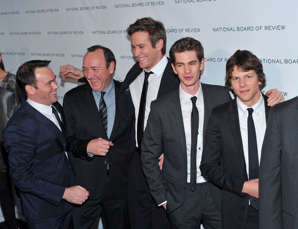 Armie Hammer「2011 National Board of Review of Motion Pictures Gala - Outside Arrivals」:写真・画像(2)[壁紙.com]