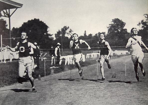 Effort「Arthur Duffey American Athlete Running A Race 1902」:写真・画像(12)[壁紙.com]