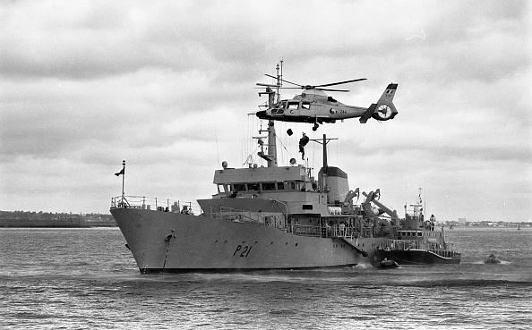 City Life「RNLI Medical Exercise: Irish Air Corps and the Irish Navy 1988」:写真・画像(2)[壁紙.com]