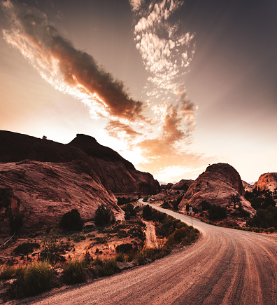 Glen Canyon National Recreation Area「on the road in moab」:スマホ壁紙(8)