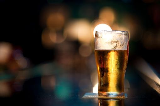 カクテル「のビールバーでビール」:スマホ壁紙(16)