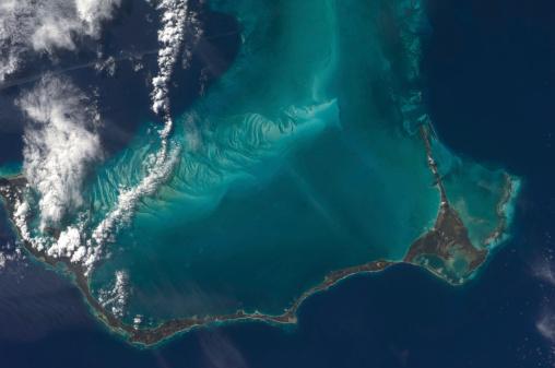 Archipelago「The Bahamas' lengthy narrow Eleuthra Island.」:スマホ壁紙(16)