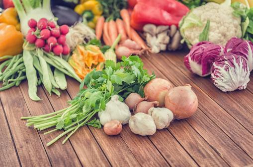 新鮮「野菜のお料理の組み合わせで、市場」:スマホ壁紙(9)