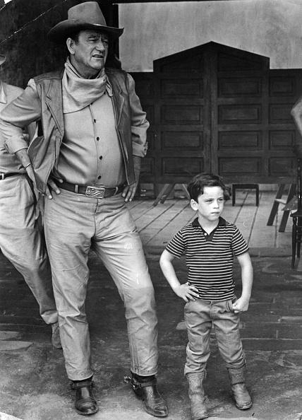 俳優「John Wayne」:写真・画像(6)[壁紙.com]