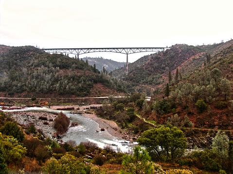 アメリカン川「The American River, California」:スマホ壁紙(1)