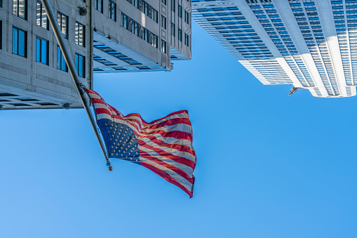 star sky「The American National Flag is swaying by wind among the building at Midtown Manhattan New York City.」:スマホ壁紙(13)