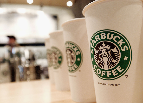 Coffee - Drink「Starbucks Coffee Emerges As Largest Food Chain in Manhattan」:写真・画像(3)[壁紙.com]