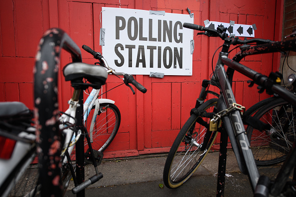 Polling Place「British Voters Go To The Polls In The 2017 General Election」:写真・画像(10)[壁紙.com]