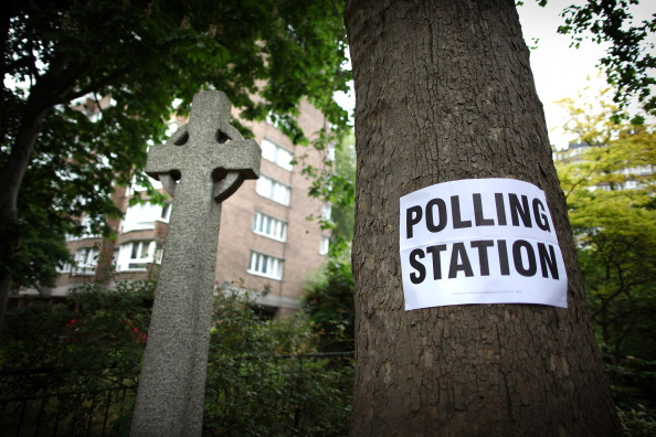 Peter Macdiarmid「The UK Goes To The Polls For Local Elections And The AV Referendum」:写真・画像(16)[壁紙.com]