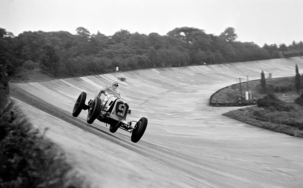 Klemantaski Collection「Prince Bira At Brooklands」:写真・画像(12)[壁紙.com]