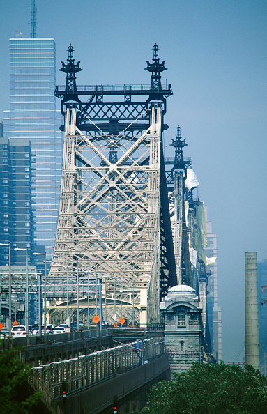 Queens - New York City「Road suspension bridge crossing from Queens to Manhattan over the East river at 59th Street, New York, USA」:写真・画像(17)[壁紙.com]