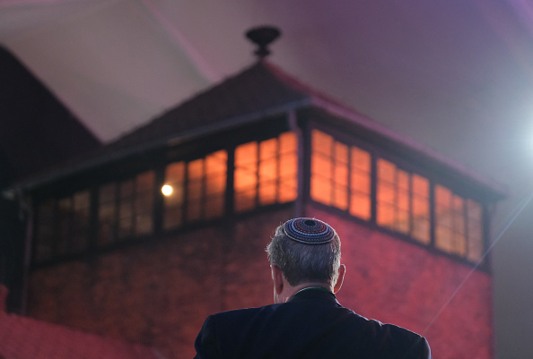 Skull Cap「Auschwitz Memorial Commemorates 75th Anniversary Since Liberation」:写真・画像(1)[壁紙.com]