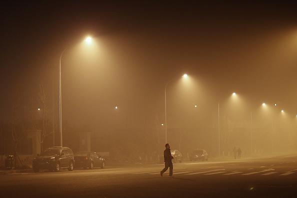 Environmental Damage「Beijing Blanketed In Heavy Smog」:写真・画像(8)[壁紙.com]