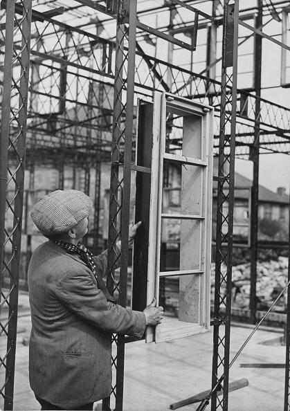 Window Frame「Prefabricated Housing Development In Birmingham」:写真・画像(5)[壁紙.com]