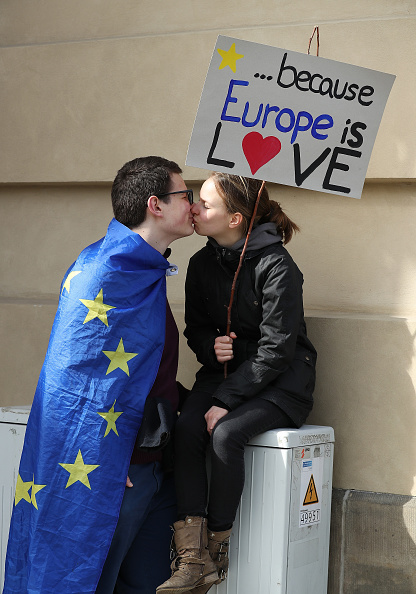 "European Union「""March For Europe"" Celebrates Treaty Of Rome」:写真・画像(12)[壁紙.com]"