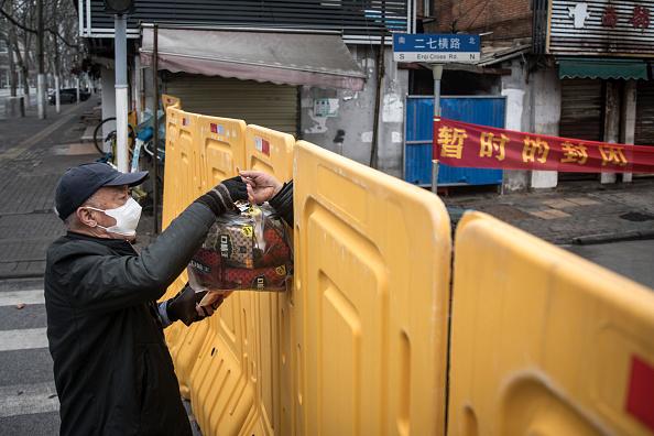 Barricade「Wuhan Works To Contain Spread Of Coronavirus」:写真・画像(3)[壁紙.com]
