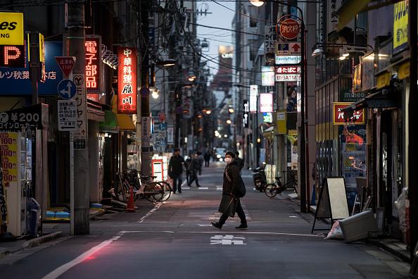 Tokyo - Japan「Japan Battles Against The Coronavirus Outbreak」:写真・画像(19)[壁紙.com]