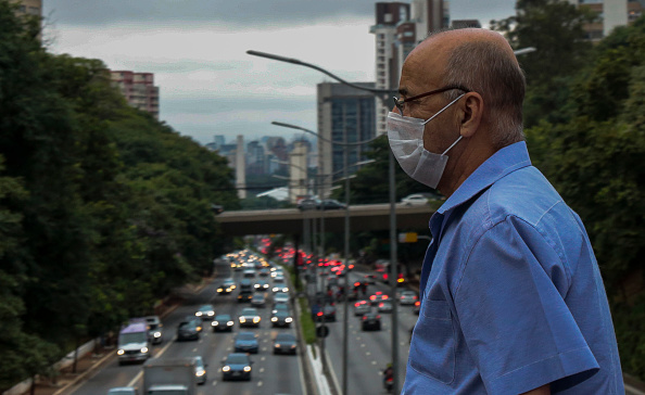 People「First Day on the Streets After the Governor of Sao Paulo Declared State of Emergency Due to the Coronavirus (COVID -19) Outbreak」:写真・画像(7)[壁紙.com]