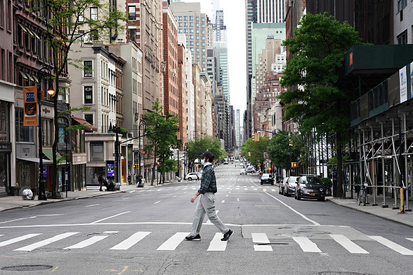 Street「Daily Life In New York City Amid Coronavirus Outbreak」:写真・画像(1)[壁紙.com]