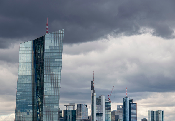 Frankfurt - Main「ECB Governing Council Meets As Eurozone Slumps」:写真・画像(0)[壁紙.com]