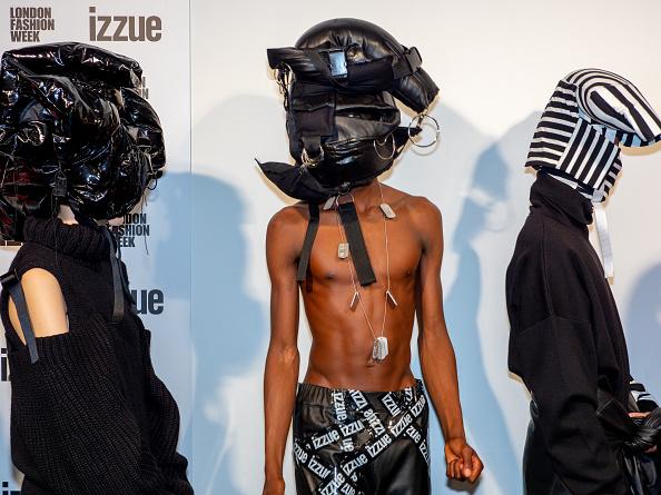 ロンドンファッションウィーク「Backstage at London Fashion Week」:写真・画像(5)[壁紙.com]