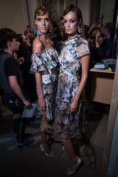 ロンドンファッションウィーク「Rohmir - Backstage - LFW September 2017」:写真・画像(1)[壁紙.com]