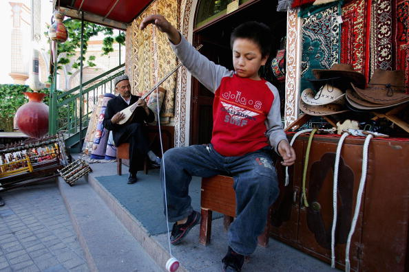 Kashgar「Chinese Ethnic Minority Children In Xinjiang」:写真・画像(18)[壁紙.com]