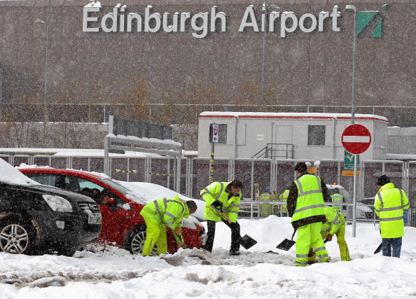 Snow「Freezing Temperatures Grip The UK」:写真・画像(2)[壁紙.com]